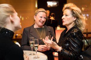Initiative Hauptstadt Berlin e.V. – Adventsdinner 2017 – mit Sängerin Helena Goldt und Begleitung